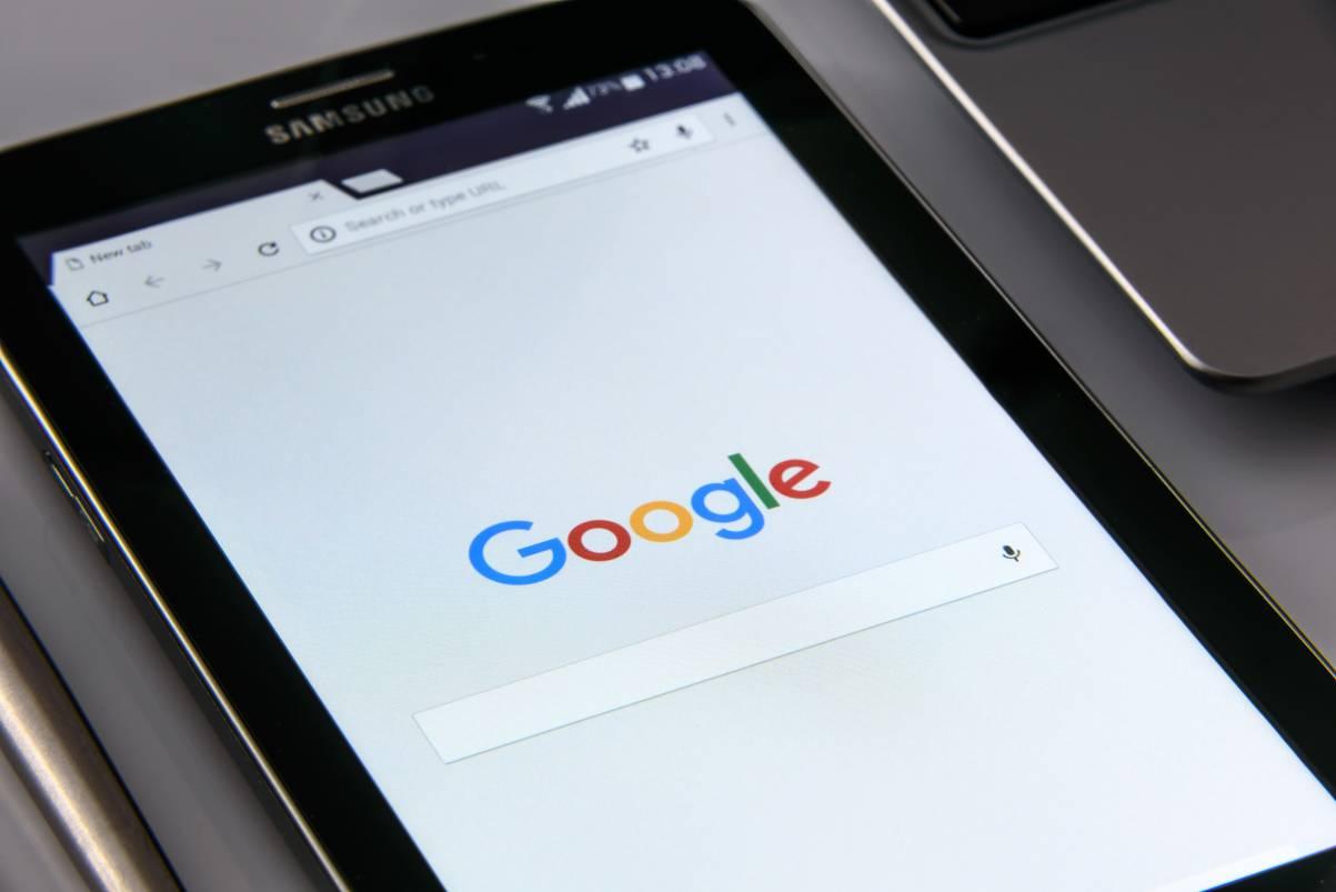Google mobiloptimiert Suchmaschinenoptimierung Suchergebnisse SERPs